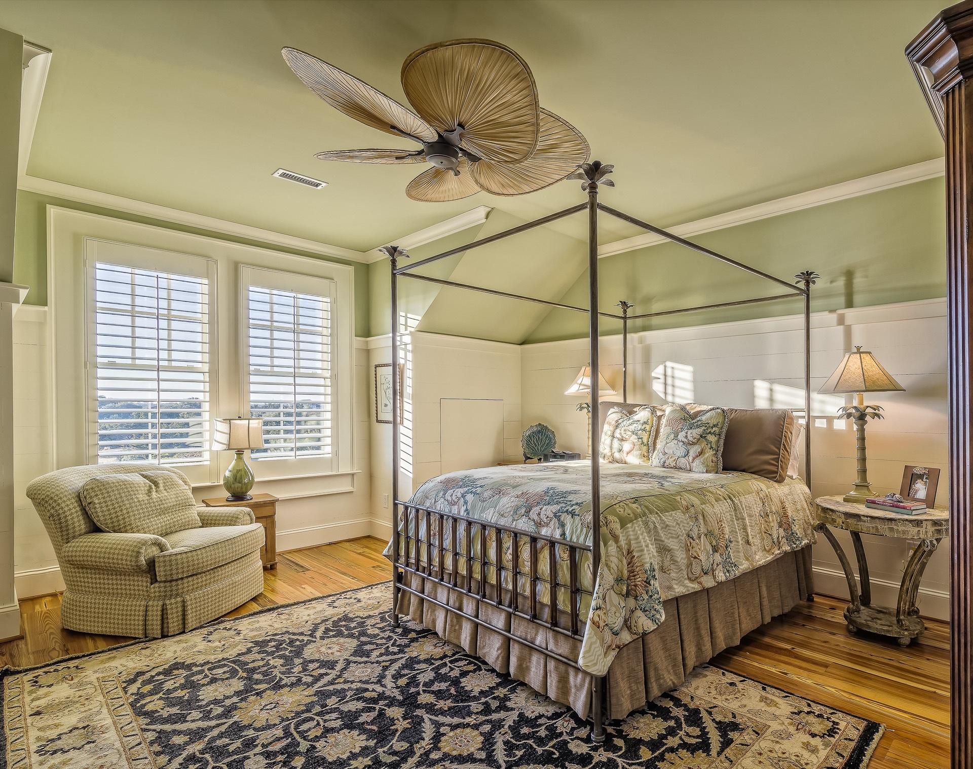 Klimatyczna sypialnia w stylu vintage